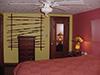 bedroom3.jpg (36806 bytes)
